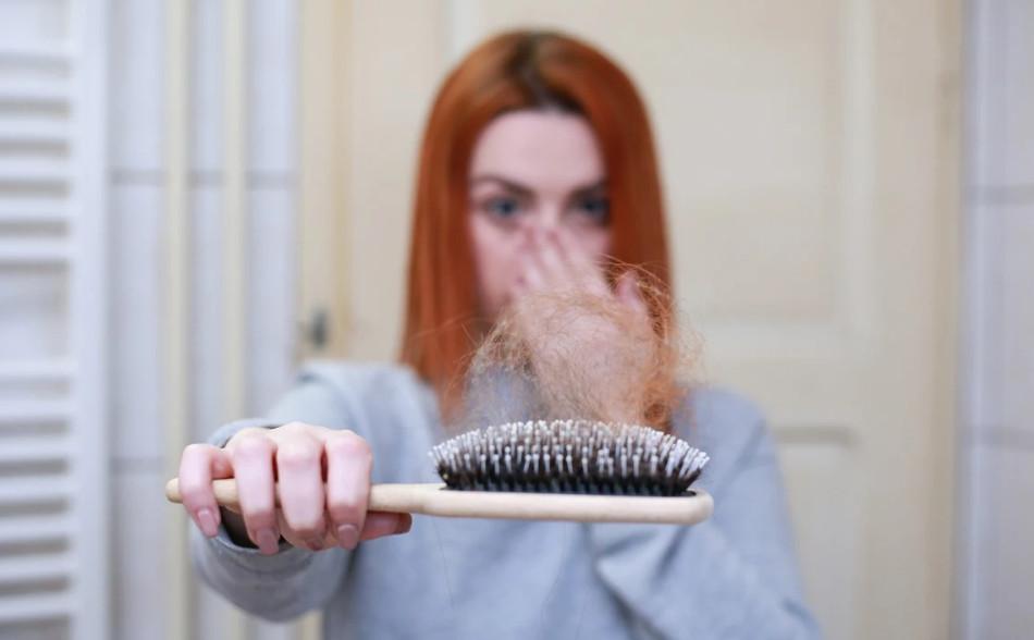 Lozione anticaduta per capelli: ecco i principi attivi che funzionano